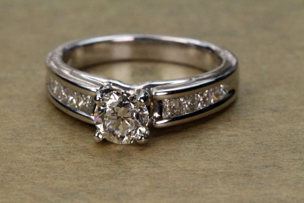 Build your own engagement ring